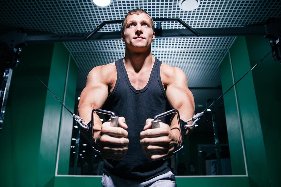 bygga muskler kille